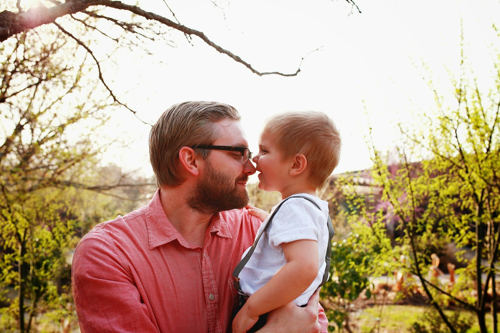sweet-kiss-father-son