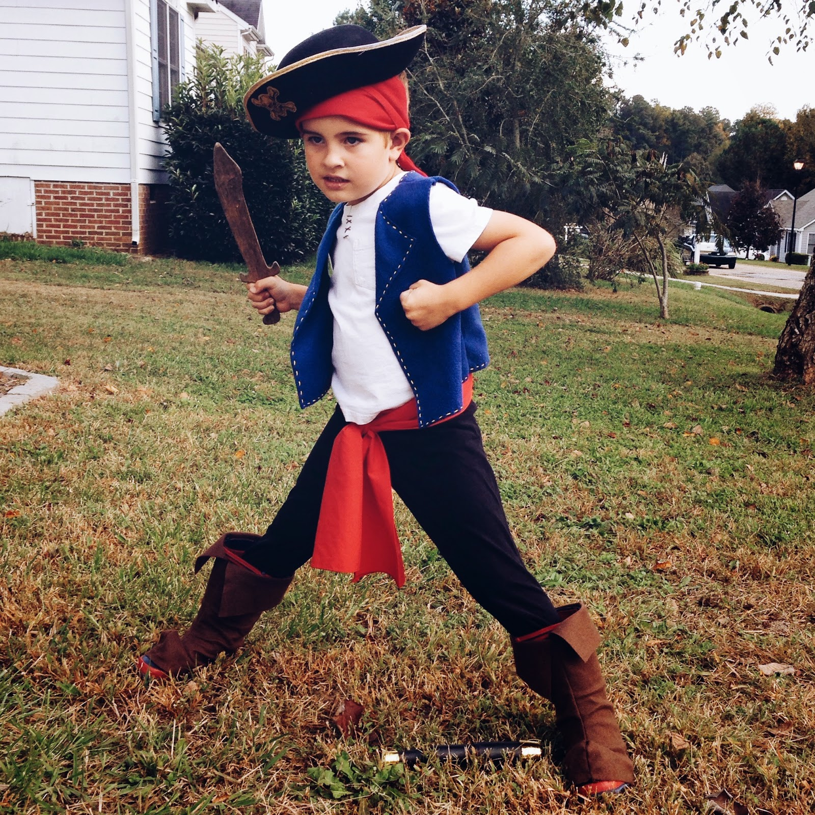 jake-pirate-costume