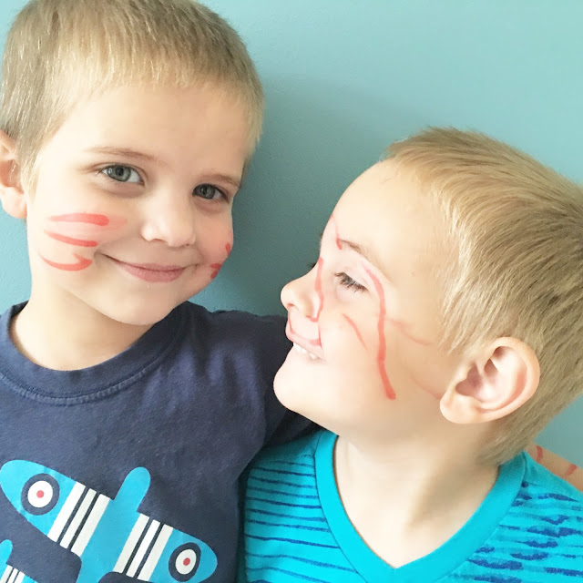 brothers-who-draw-on-their-faces-together